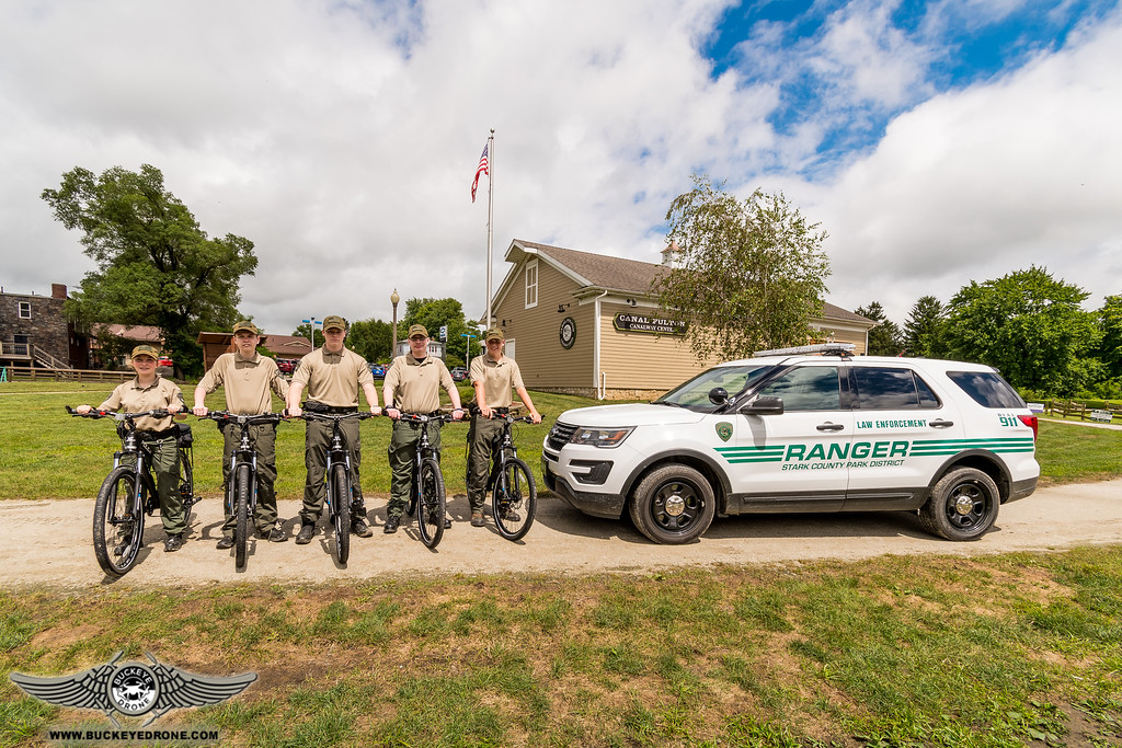 Cadets on bikes with Ranger vehicle at Lock 4_TT