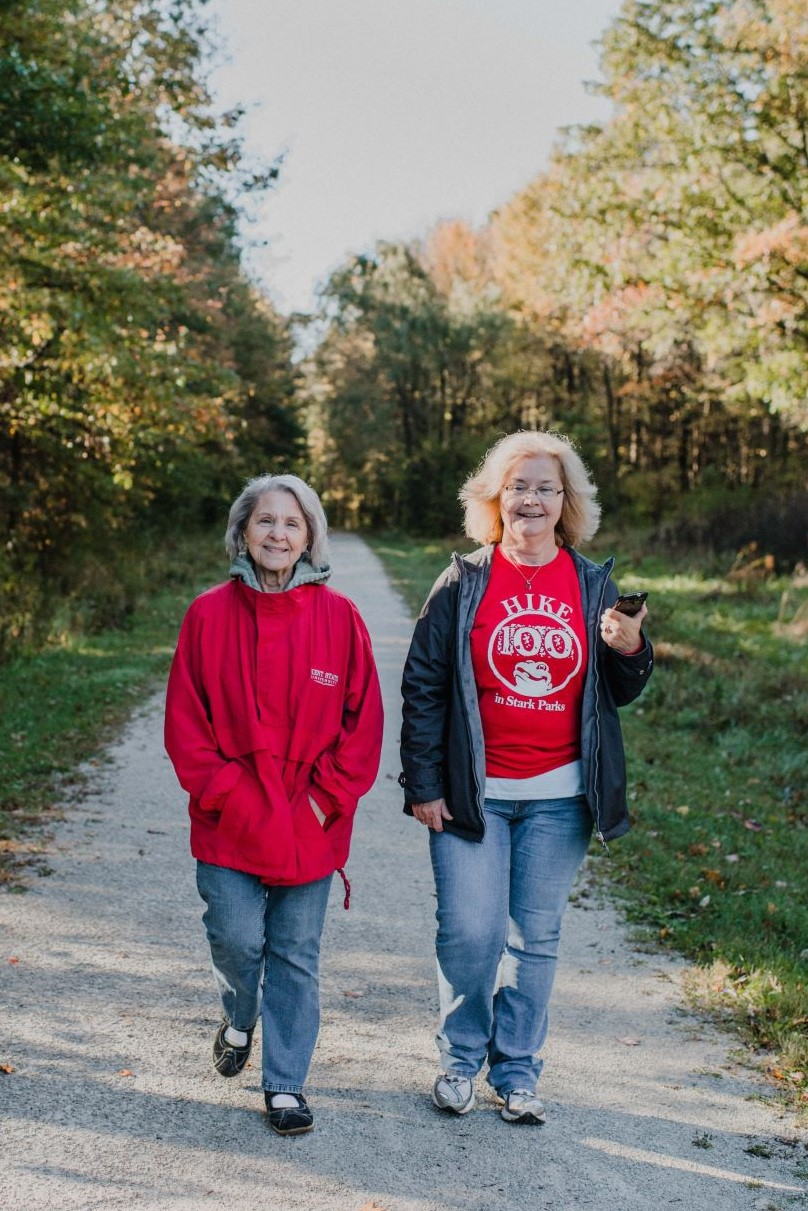 keen-agers hiking